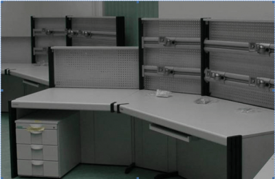 dacobas-stanowiska-operatorskie-stoly-biurowe-stoly-lab-19