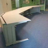 biurko łamane szare